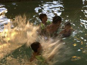 2015_trip4_pool